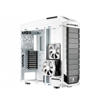 """CM Storm Stryker, black and white design with mesh front panel, 90 degree rotatable 5.25""""/3.5"""" Combo Cages, two USB 3.0, 9+1 expansion slots , fan speed control, Supports the latest long graphics cards Transparent side panel included"""